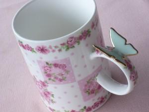 バタフライ付きマグカップ